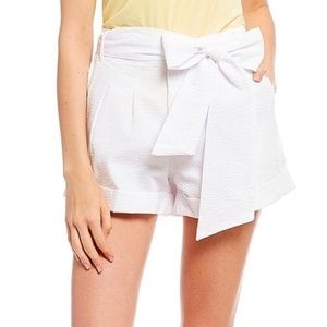 Lauren James Seersucker Bow Shorts White Small